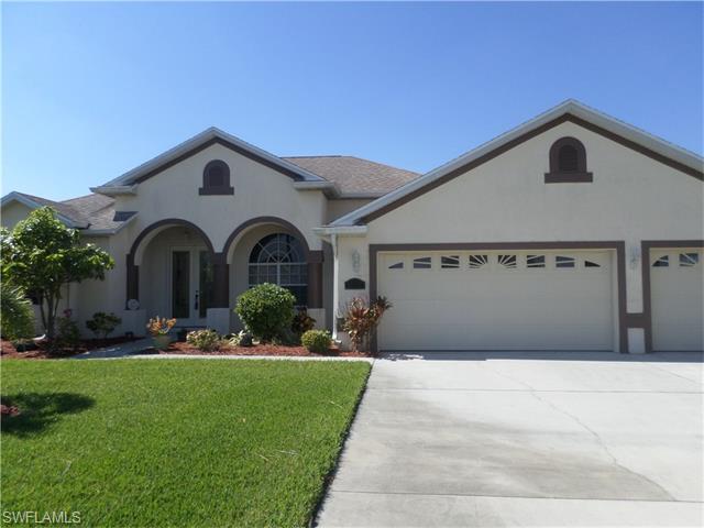 18221 Plumbago Ct, Lehigh Acres, FL 33972 (MLS #216020066) :: The New Home Spot, Inc.