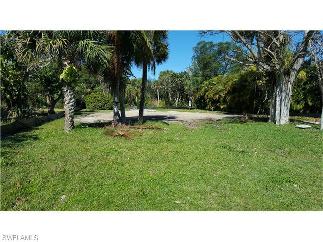 3965 Coquina Dr, Sanibel, FL 33957 (MLS #216021742) :: The New Home Spot, Inc.
