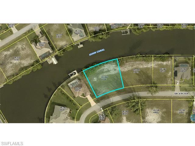 3229 SW 4th Ter, Cape Coral, FL 33991 (#216021927) :: Homes and Land Brokers, Inc