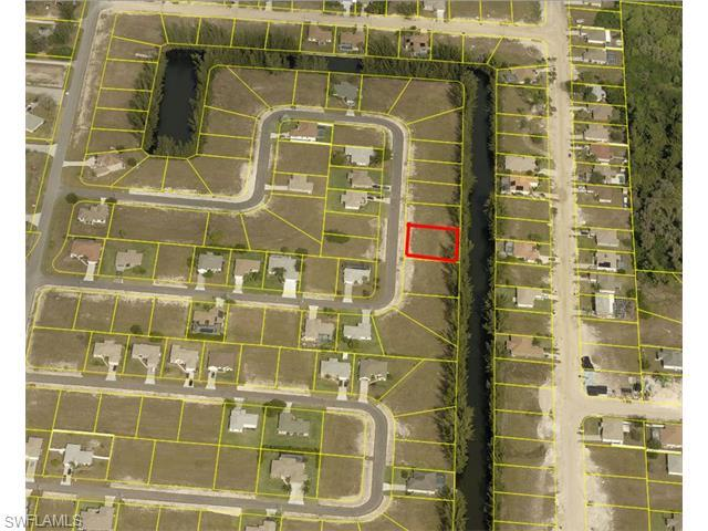 1203 SW 18th Ct, Cape Coral, FL 33991 (#216022125) :: Homes and Land Brokers, Inc