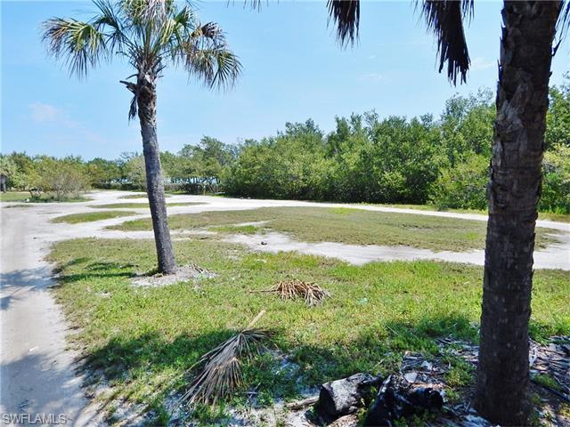 404 Useppa, Useppa Island, FL 33924 (#216022402) :: Homes and Land Brokers, Inc