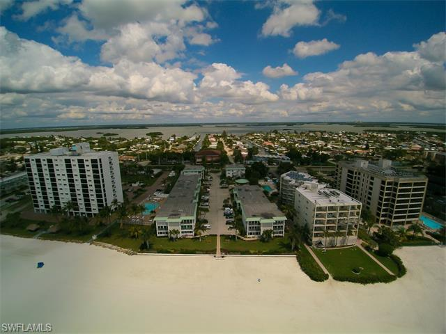 6500 Estero Blvd C117, Fort Myers Beach, FL 33931 (MLS #216023542) :: The New Home Spot, Inc.