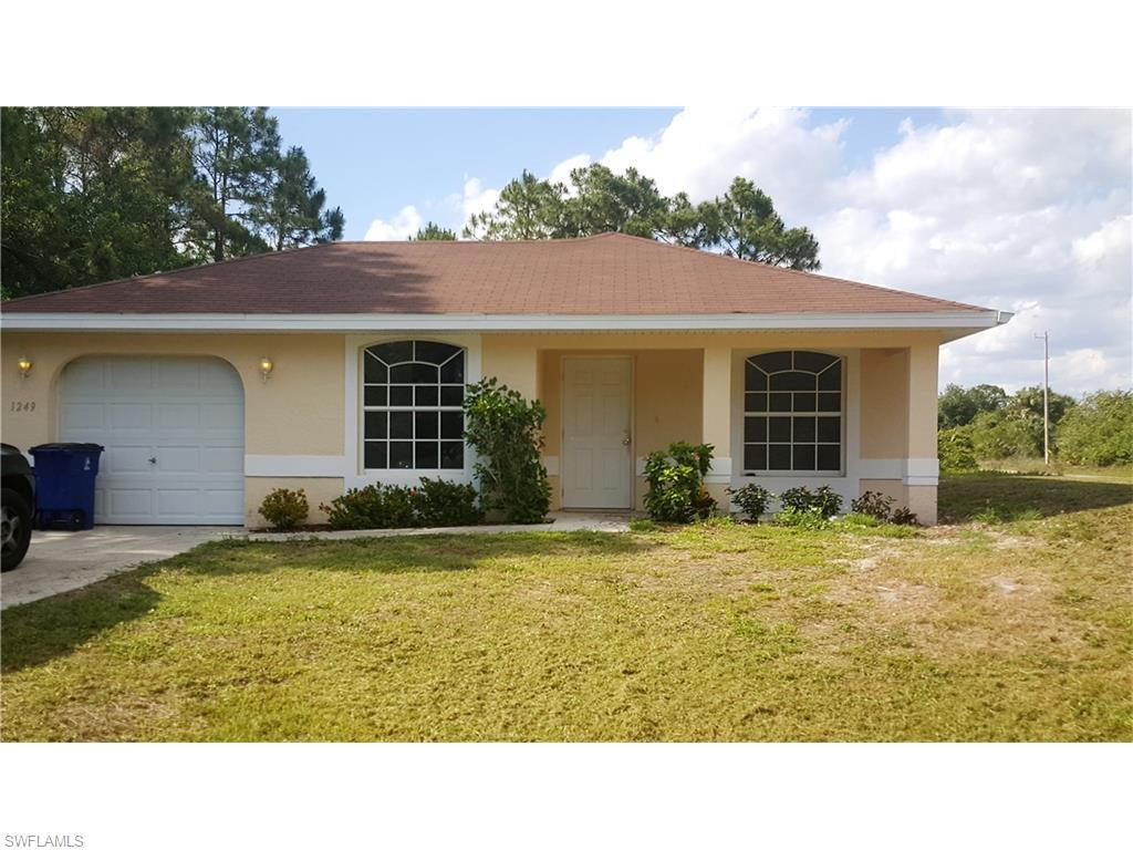 1249 Hilliard St E, Lehigh Acres, FL 33974 (MLS #216024563) :: The New Home Spot, Inc.