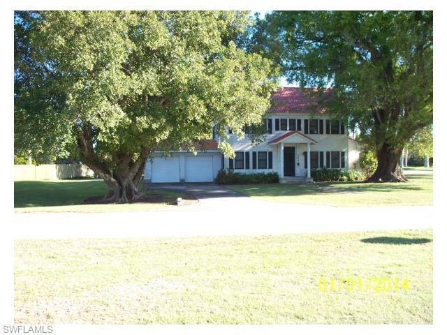 103 W Esperanza Ave, Clewiston, FL 33440 (MLS #216024723) :: The New Home Spot, Inc.