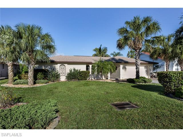 5318 Majestic Ct, Cape Coral, FL 33904 (#216026227) :: Homes and Land Brokers, Inc