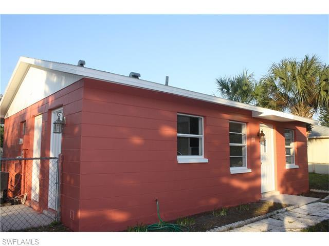 115 E 3rd St, Lehigh Acres, FL 33936 (#216026849) :: Homes and Land Brokers, Inc
