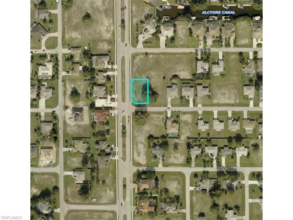 1525 SW 43rd Ln, Cape Coral, FL 33914 (#216028632) :: Homes and Land Brokers, Inc