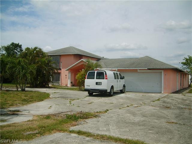 3549 South St, Fort Myers, FL 33916 (MLS #216028662) :: The New Home Spot, Inc.