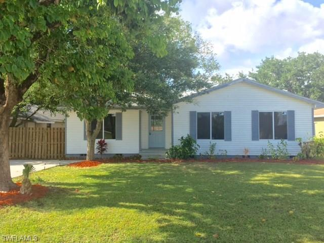 12220 1st St, Fort Myers, FL 33905 (#216028876) :: Homes and Land Brokers, Inc
