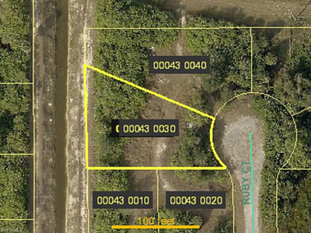 52 Ruby Ct, Lehigh Acres, FL 33976 (#216029801) :: Homes and Land Brokers, Inc