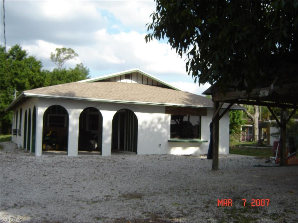 5985 State Road 29 S, Labelle, FL 33935 (MLS #216030034) :: The New Home Spot, Inc.