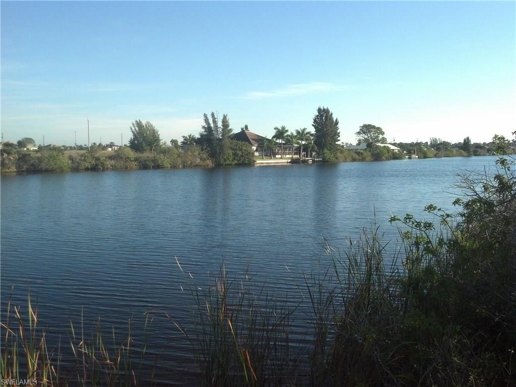 4427 NW 33rd St, Cape Coral, FL 33993 (#216030342) :: Homes and Land Brokers, Inc