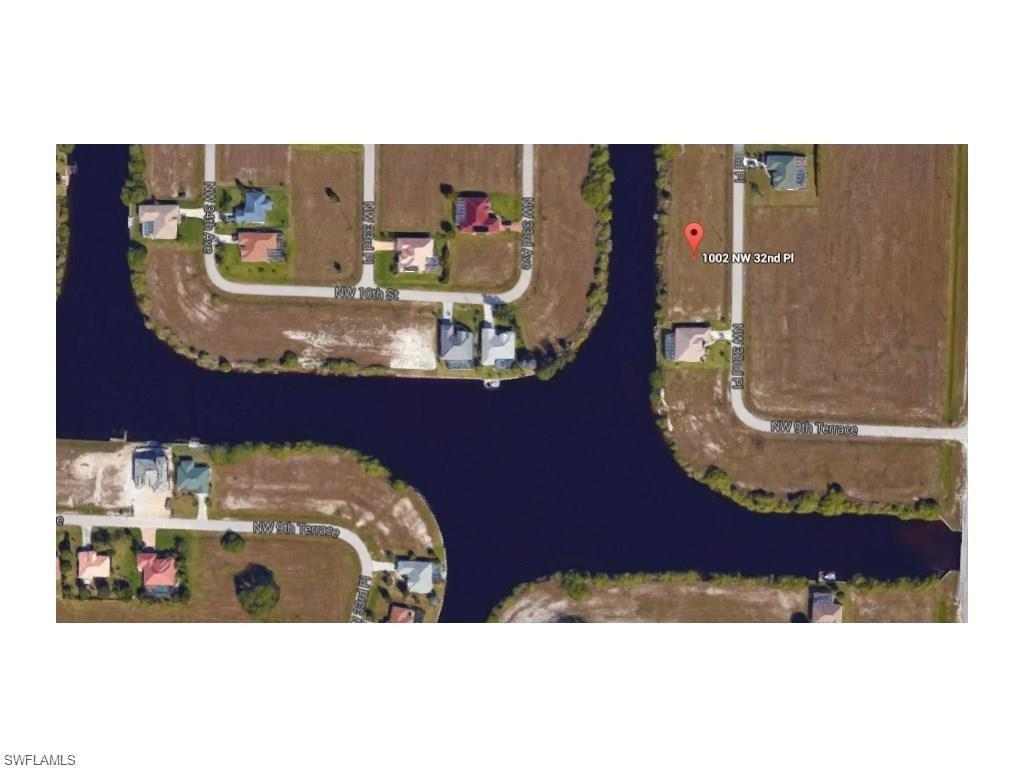 1002 NW 32nd Pl, Cape Coral, FL 33993 (MLS #216030896) :: The New Home Spot, Inc.