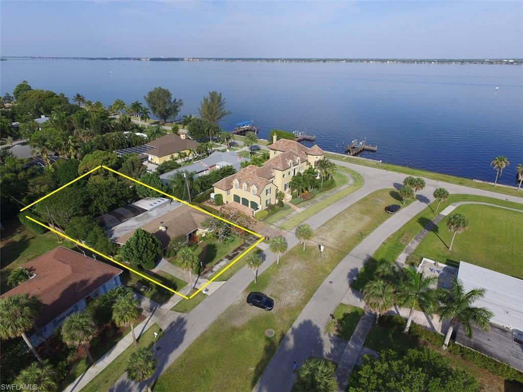 1214 Donna Dr, Fort Myers, FL 33919 (MLS #216033287) :: The New Home Spot, Inc.