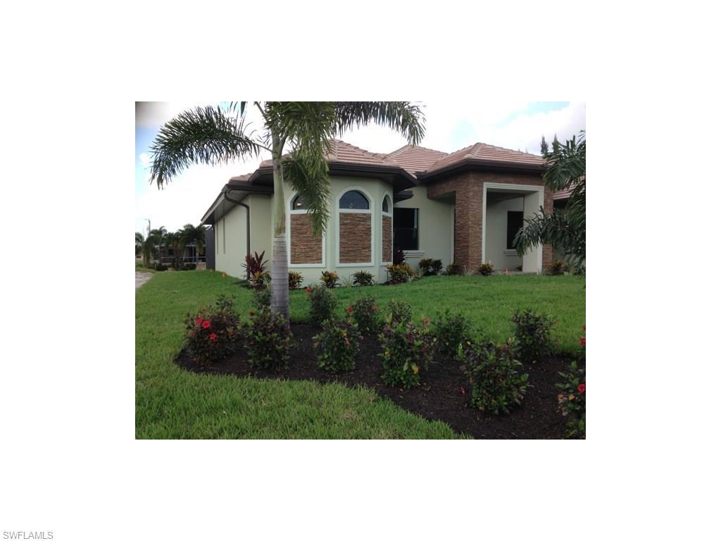 1149 SW 37th St, Cape Coral, FL 33914 (MLS #216034236) :: The New Home Spot, Inc.