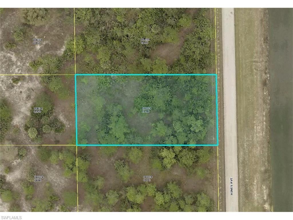 711 Hines Ave, Lehigh Acres, FL 33972 (#216034583) :: Homes and Land Brokers, Inc