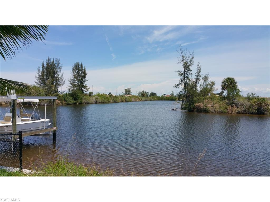 4517 NW 30th Ln, Cape Coral, FL 33993 (MLS #216034655) :: The New Home Spot, Inc.