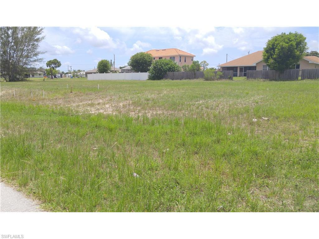 3914 SW 14th Pl, Cape Coral, FL 33914 (#216034789) :: Homes and Land Brokers, Inc
