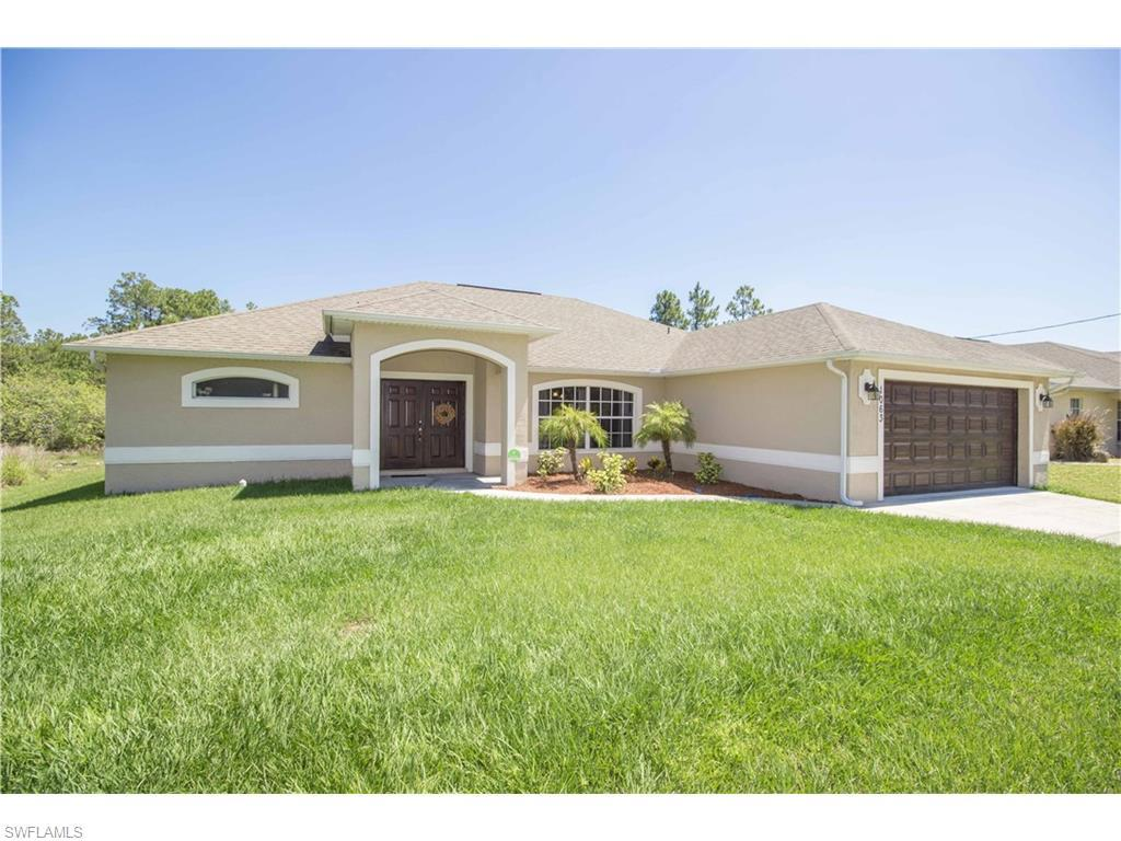 1063 Butler St E, Lehigh Acres, FL 33974 (MLS #216035499) :: The New Home Spot, Inc.
