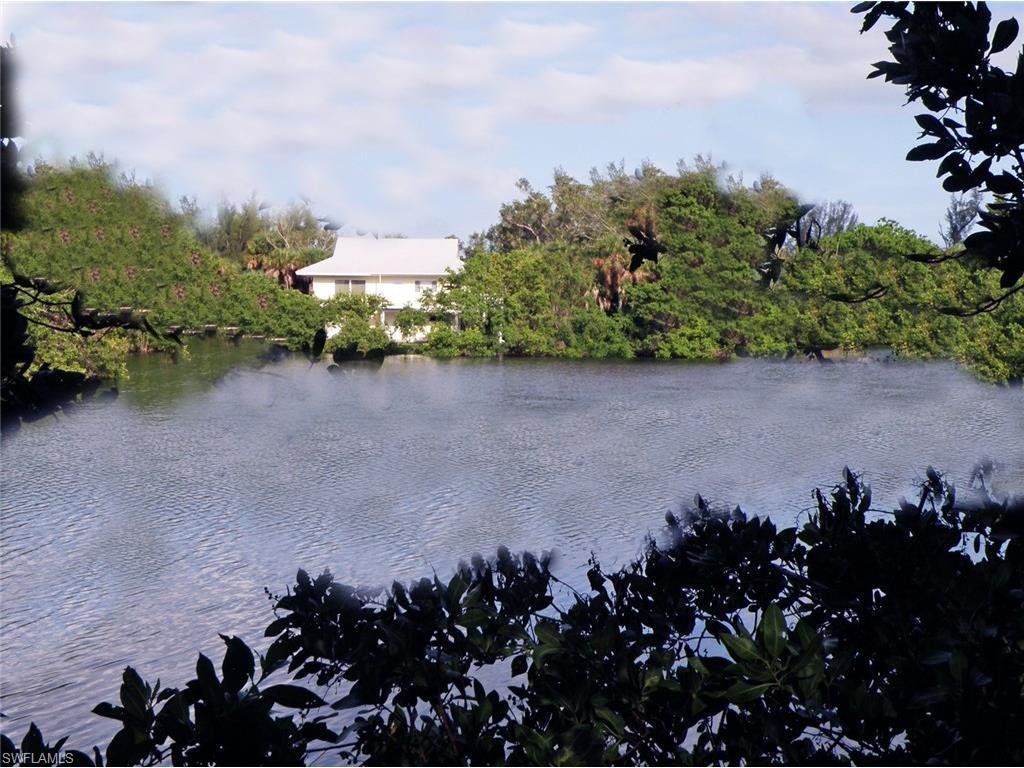 9426 Sage Ct, Sanibel, FL 33957 (#216036687) :: Homes and Land Brokers, Inc