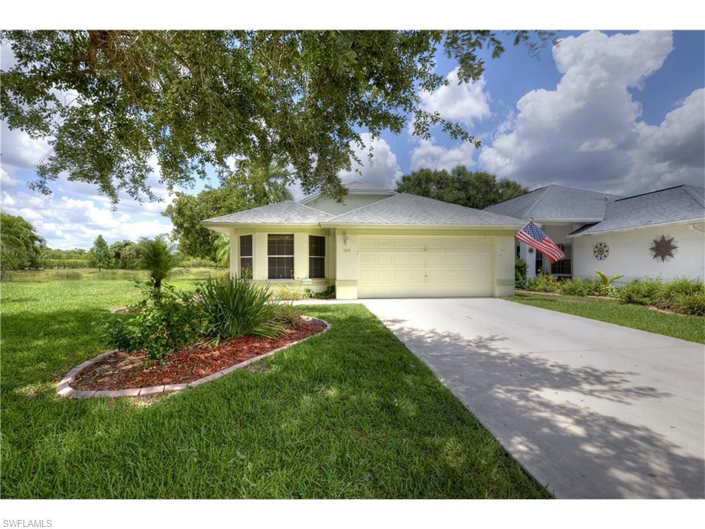 13633 Admiral Ct, Fort Myers, FL 33912 (MLS #216036876) :: The New Home Spot, Inc.