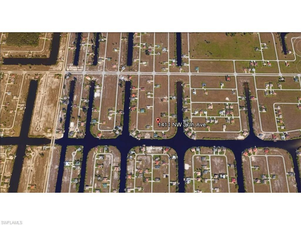 1411 NW 37th Ave, Cape Coral, FL 33993 (#216037324) :: Homes and Land Brokers, Inc