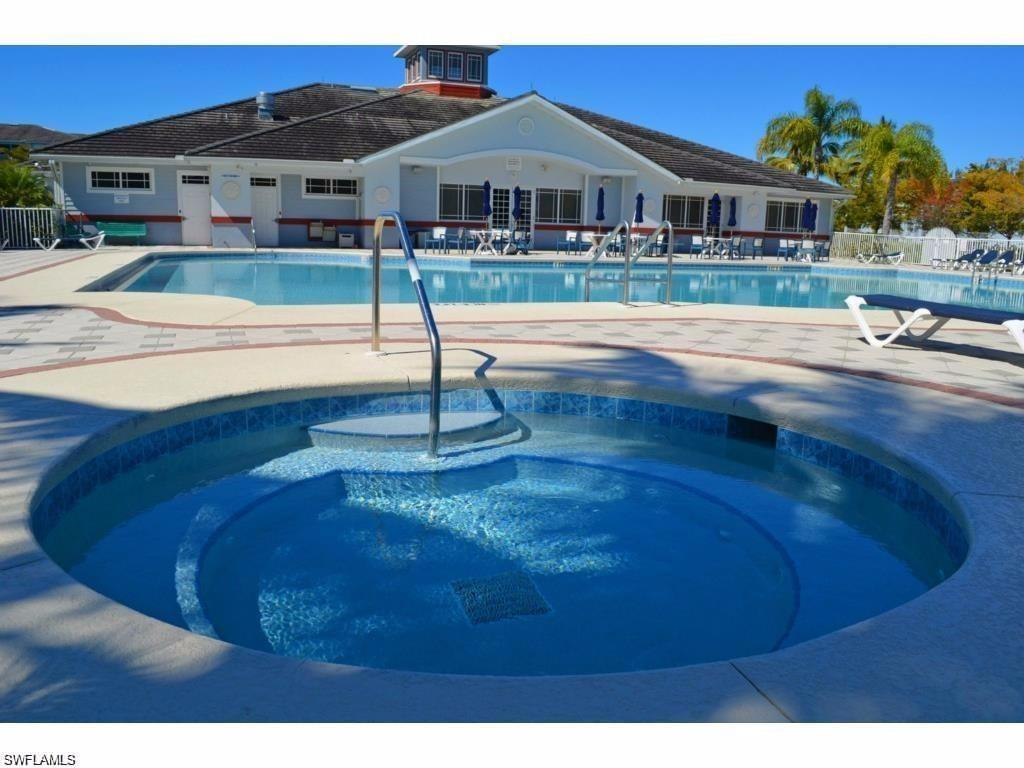 16635 Lake Circle Dr #646, Fort Myers, FL 33908 (#216037417) :: Homes and Land Brokers, Inc