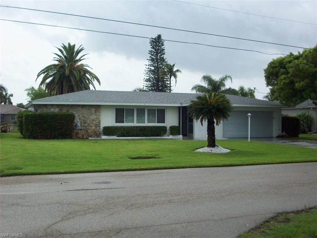 3509 SE 1st Ave, Cape Coral, FL 33904 (MLS #216038156) :: The New Home Spot, Inc.