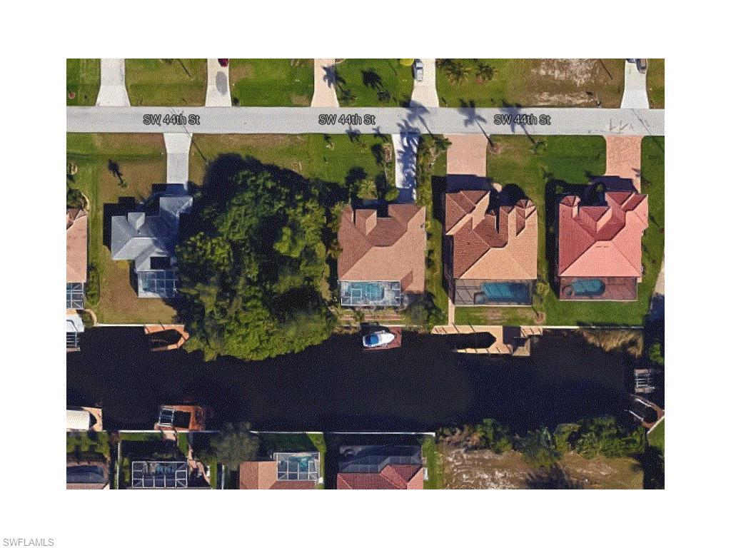 1704 SW 44th St, Cape Coral, FL 33914 (MLS #216039085) :: The New Home Spot, Inc.