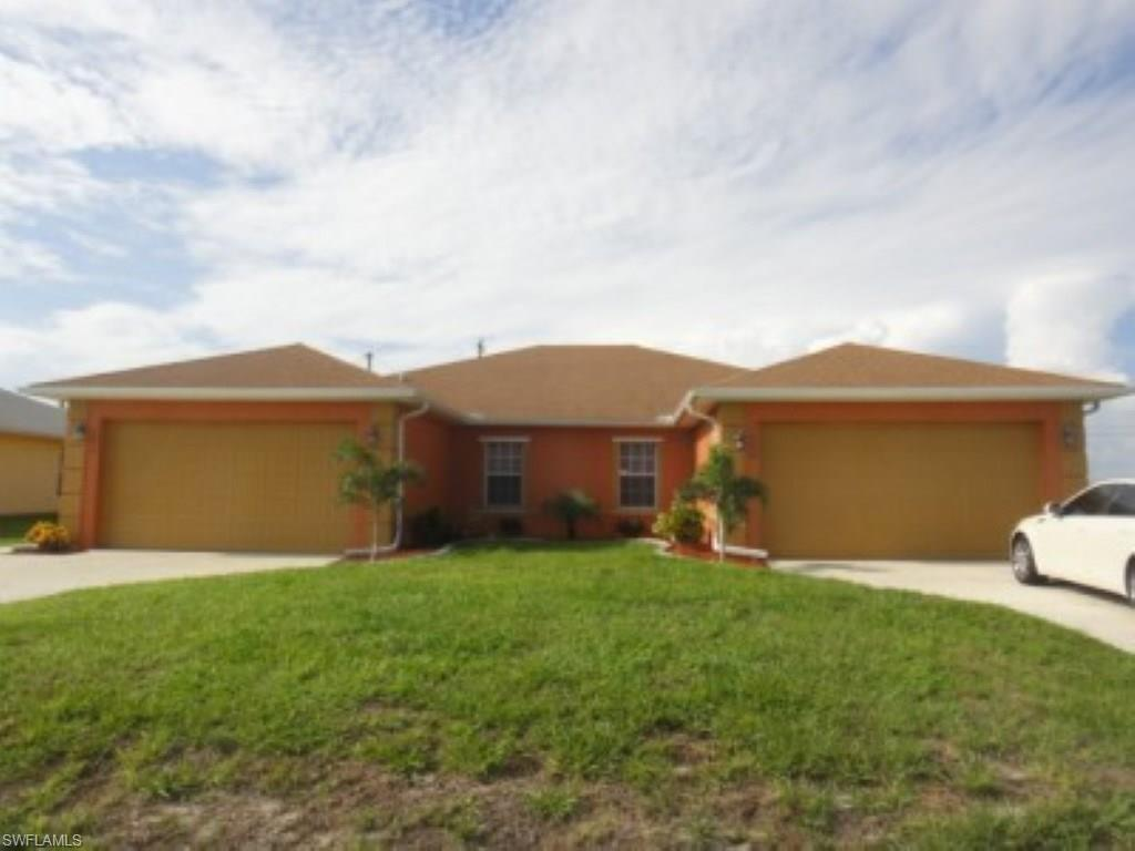 1028 Diplomat Pky E, Cape Coral, FL 33909 (#216039302) :: Homes and Land Brokers, Inc
