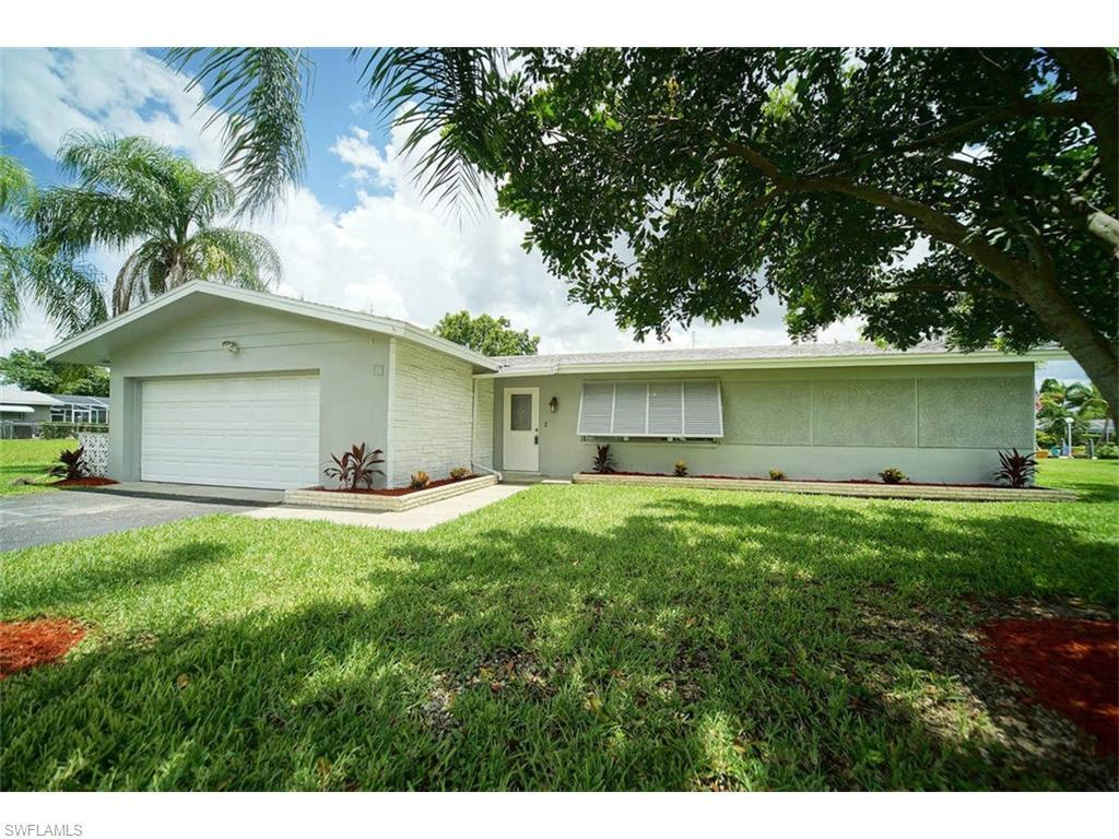 5121 Avalon Dr, Cape Coral, FL 33904 (MLS #216039786) :: The New Home Spot, Inc.