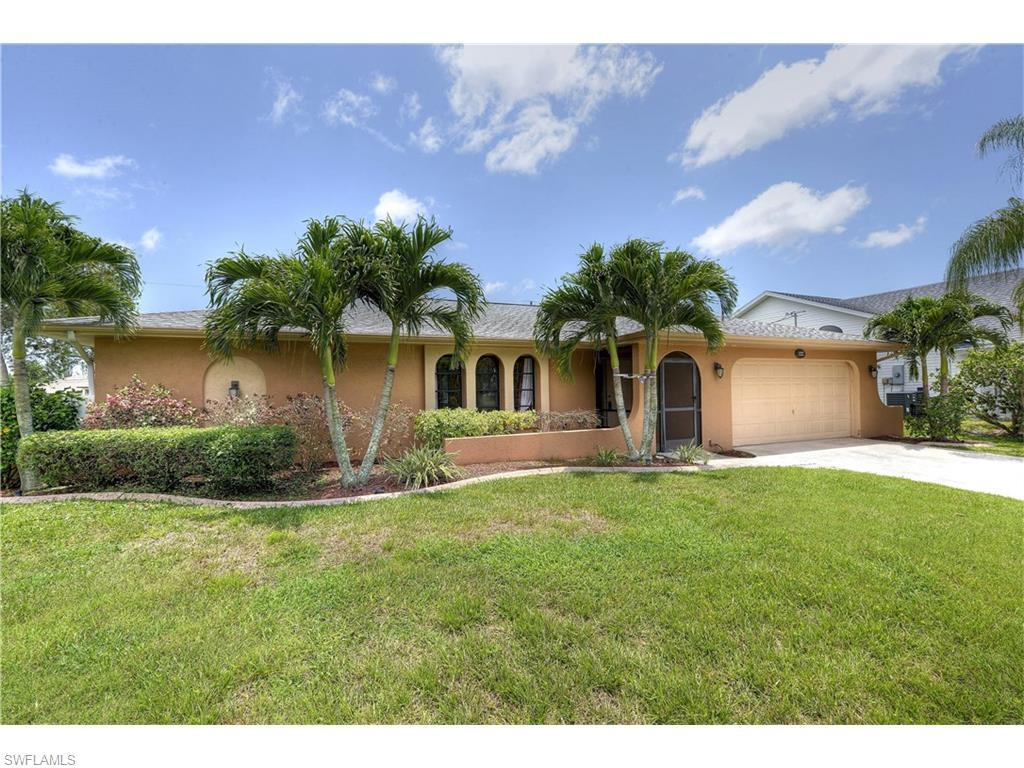 1222 SW 36th St, Cape Coral, FL 33914 (MLS #216040069) :: The New Home Spot, Inc.
