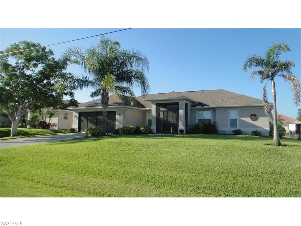 2726 SW 31st Ln, Cape Coral, FL 33914 (MLS #216040993) :: The New Home Spot, Inc.
