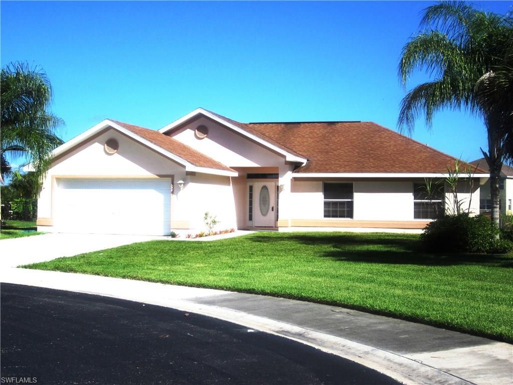 18231 Beauty Berry Ct, Lehigh Acres, FL 33972 (MLS #216041610) :: The New Home Spot, Inc.