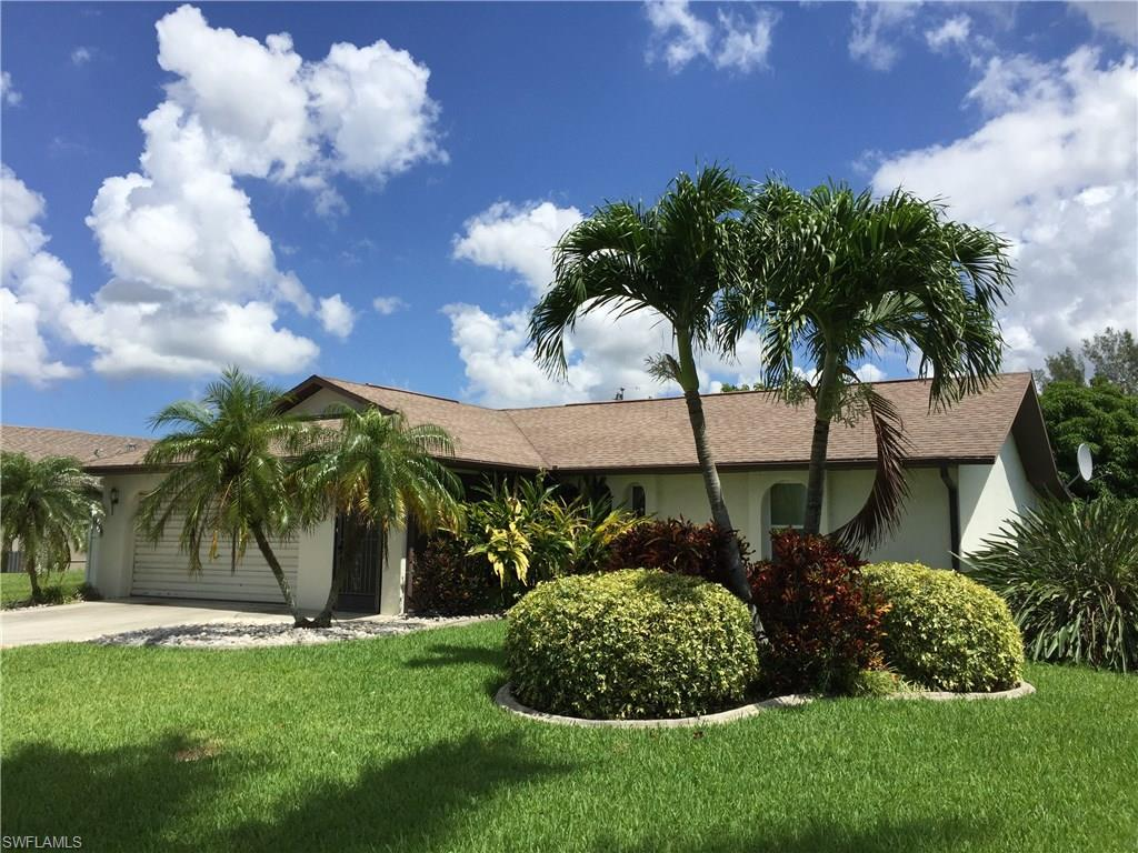 123 SW 46th Ter, Cape Coral, FL 33914 (#216041646) :: Homes and Land Brokers, Inc