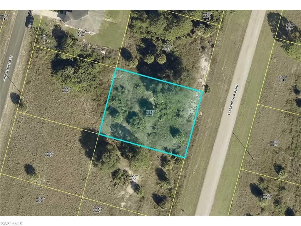 1128-1130 Eisenhower Blvd, Lehigh Acres, FL 33974 (MLS #216041938) :: The New Home Spot, Inc.