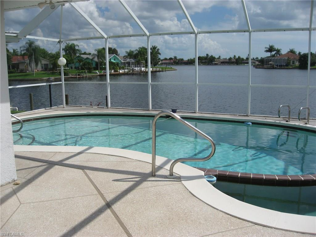 4909 SW 5th Pl, Cape Coral, FL 33914 (MLS #216042151) :: The New Home Spot, Inc.