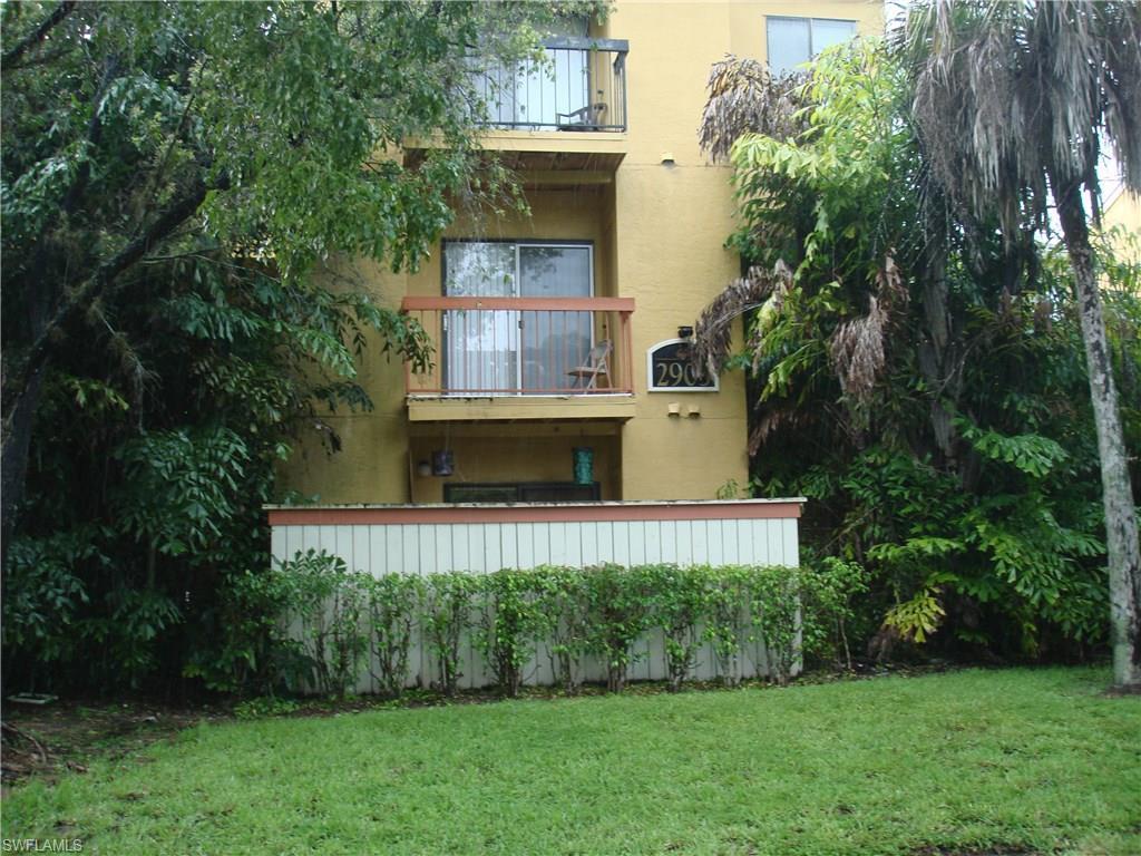 2905 Winkler Ave #703, Fort Myers, FL 33916 (MLS #216042703) :: The New Home Spot, Inc.