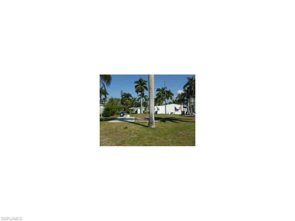 12120 Cypress Dr, Fort Myers, FL 33908 (#216042871) :: Homes and Land Brokers, Inc