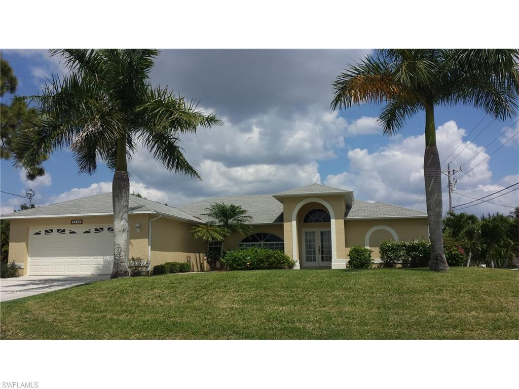 3737 SW 12th Pl, Cape Coral, FL 33914 (MLS #216043333) :: The New Home Spot, Inc.