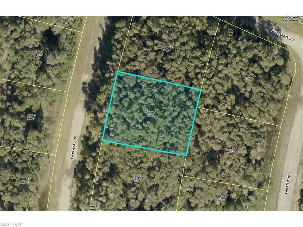 713 La Plata Ave, Lehigh Acres, FL 33974 (#216043625) :: Homes and Land Brokers, Inc