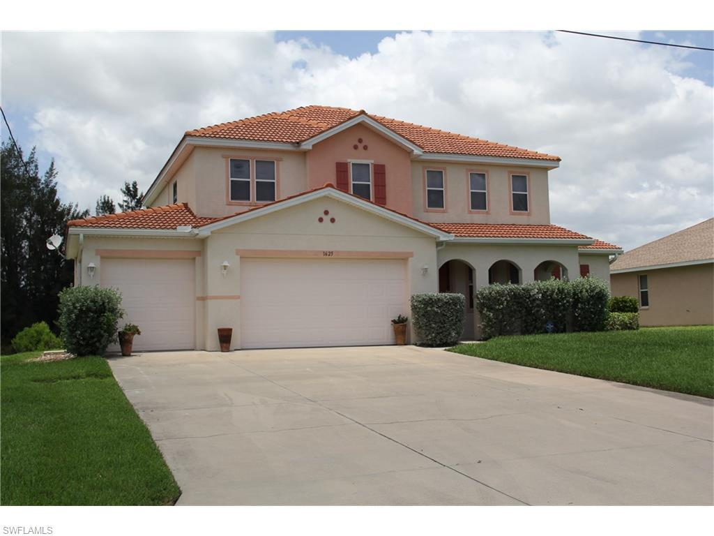 1625 SW 2nd Ter, Cape Coral, FL 33991 (MLS #216043658) :: The New Home Spot, Inc.