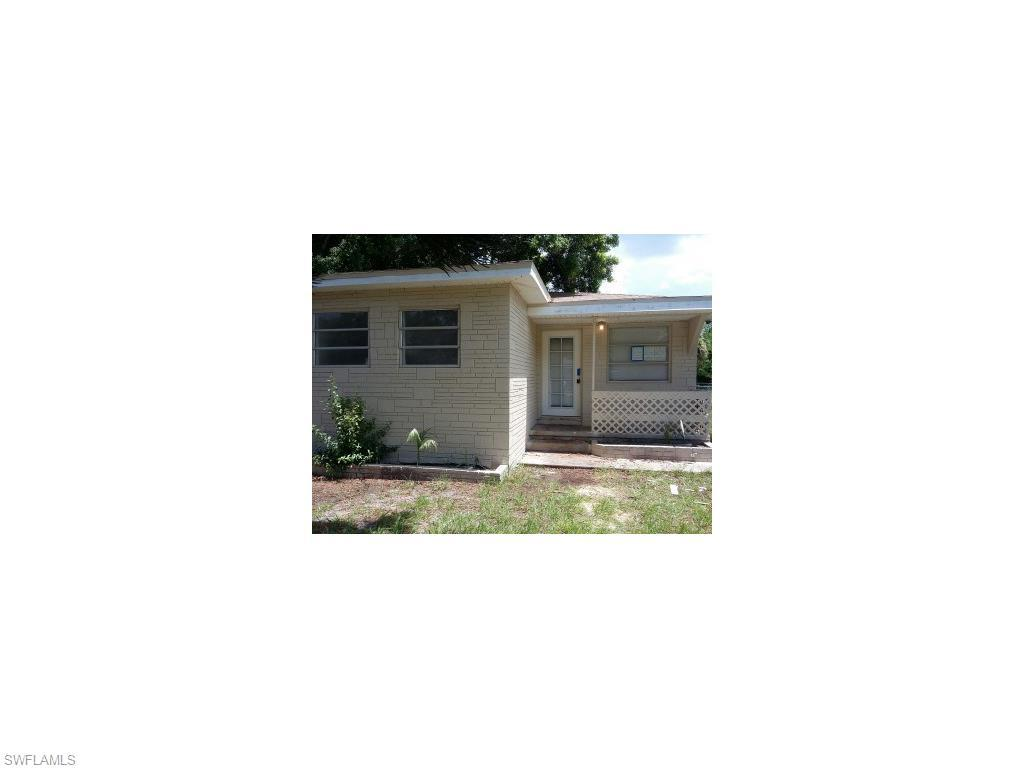 2122 Franklin St, Fort Myers, FL 33901 (MLS #216043882) :: The New Home Spot, Inc.