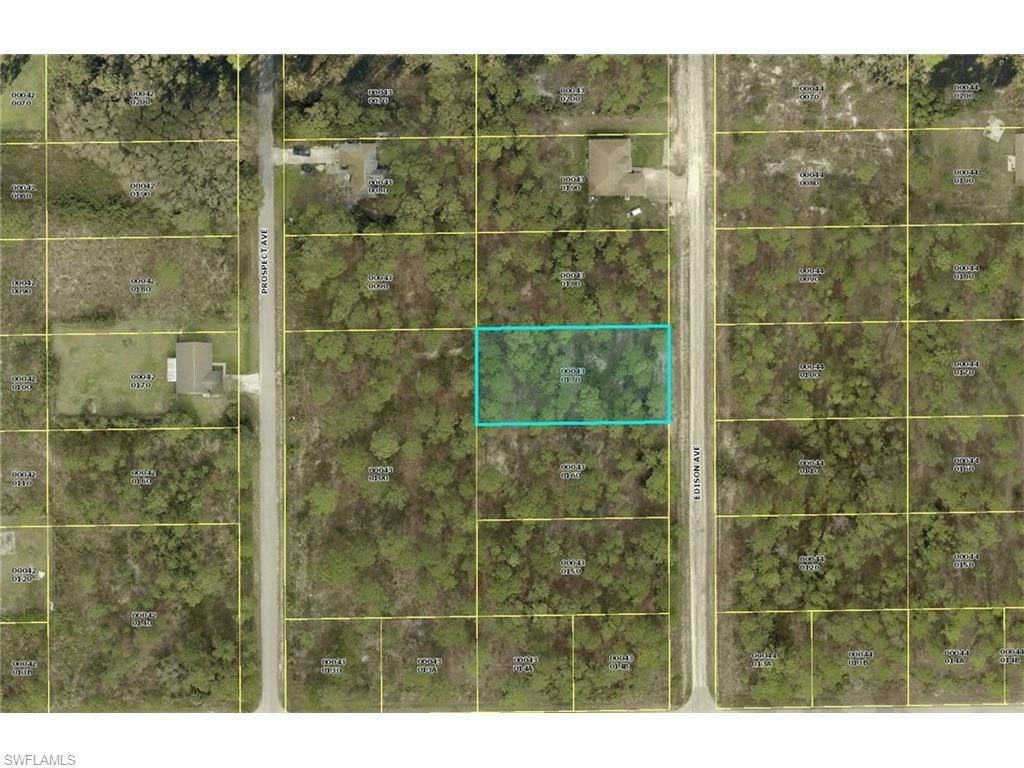 1107 Edison Ave, Lehigh Acres, FL 33972 (#216044567) :: Homes and Land Brokers, Inc