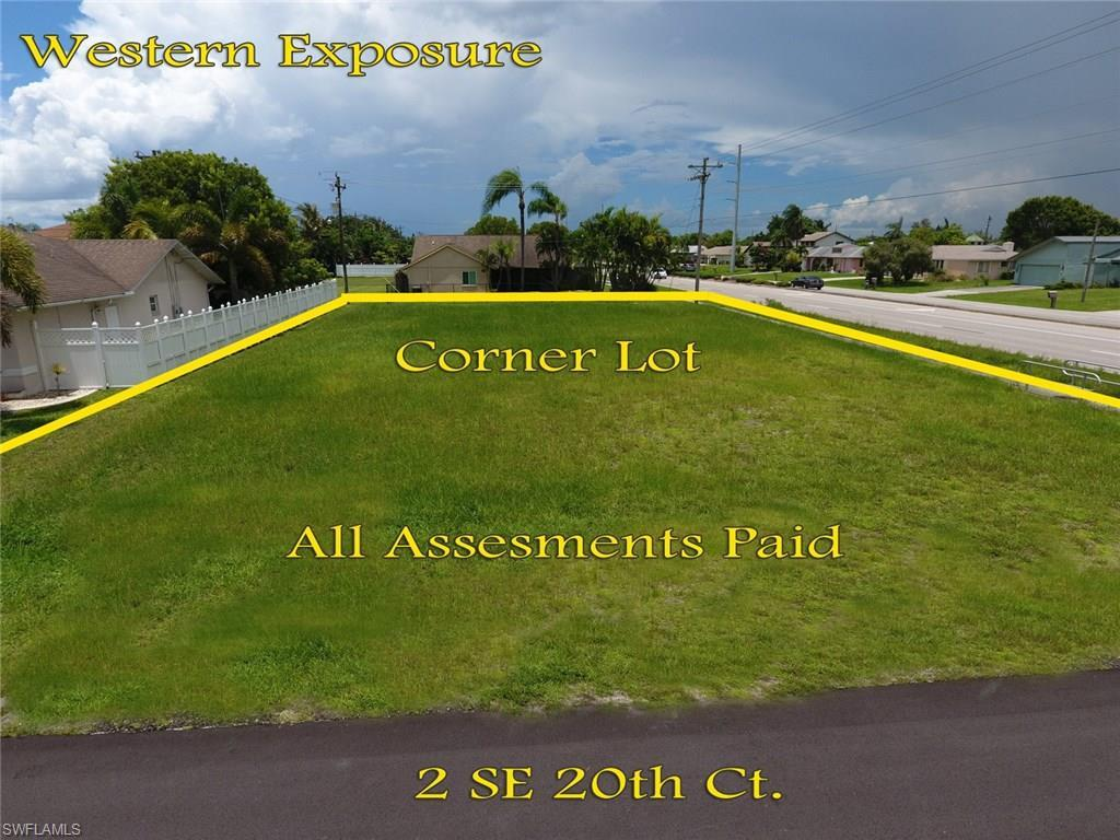 2 SE 20th Ct, Cape Coral, FL 33990 (#216045382) :: Homes and Land Brokers, Inc