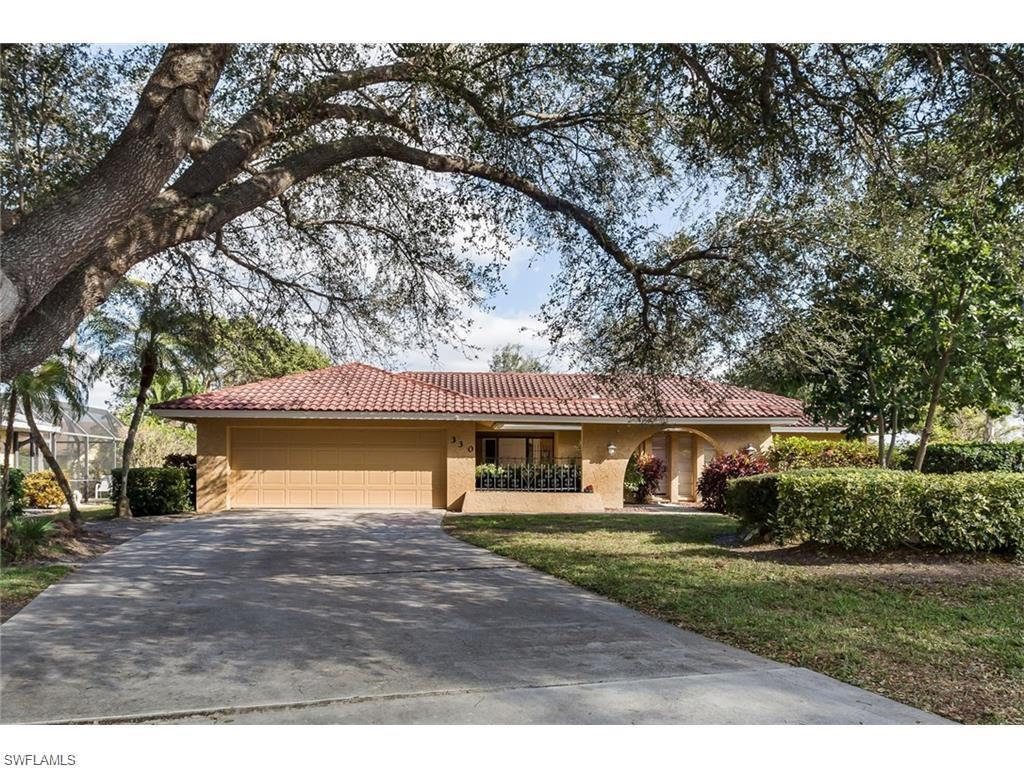 330 Country Club Dr, Naples, FL 34110 (#216045396) :: Homes and Land Brokers, Inc