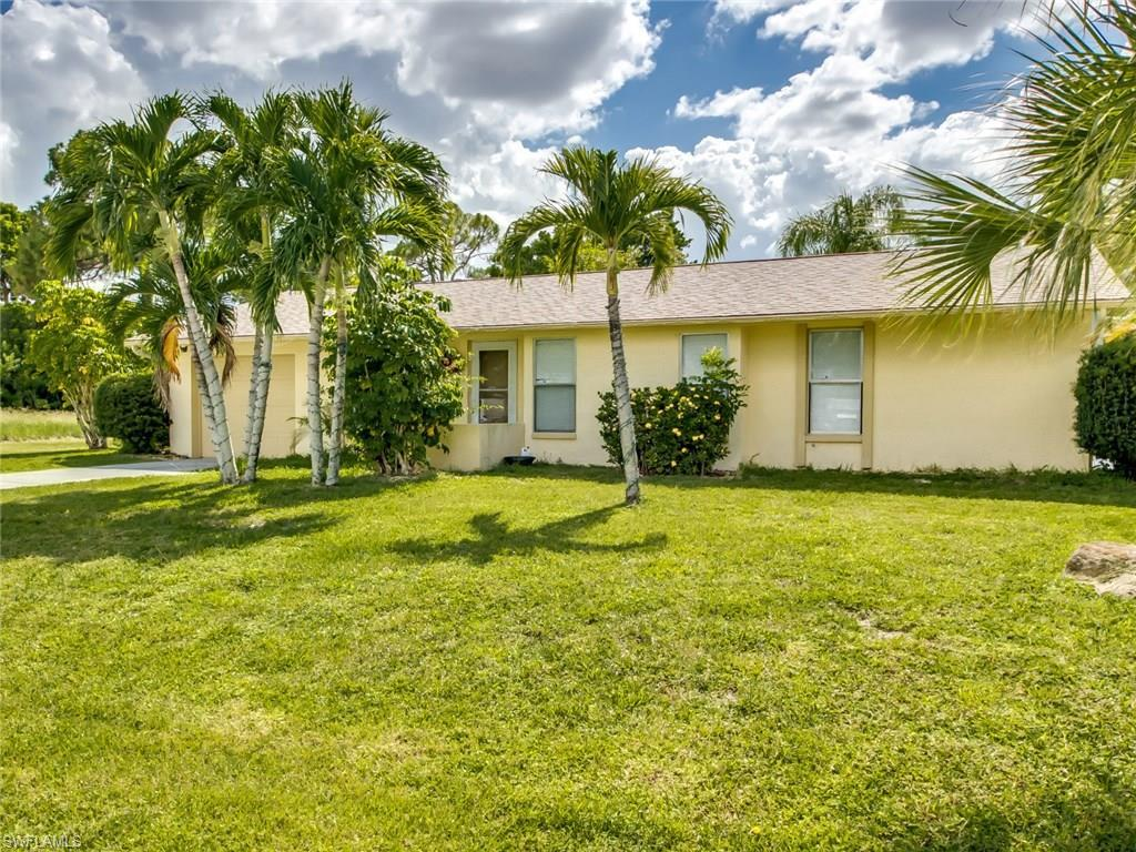 4122 SE 3rd Ave, Cape Coral, FL 33904 (#216045627) :: Homes and Land Brokers, Inc