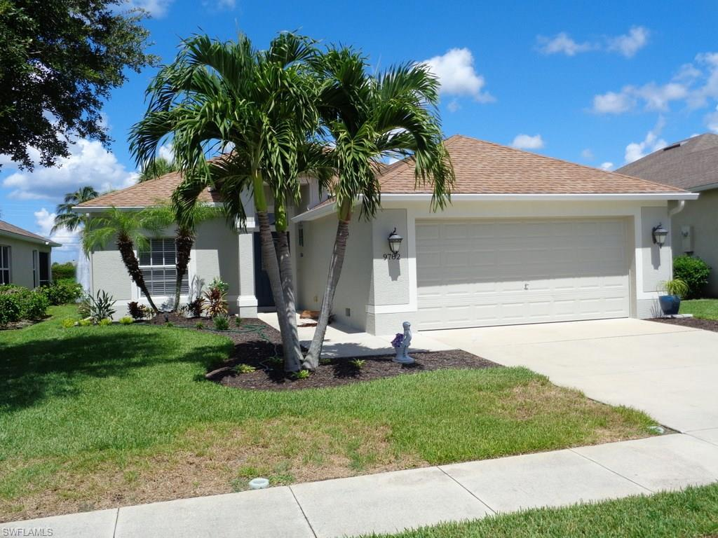 9782 Mendocino Dr, Fort Myers, FL 33919 (MLS #216045752) :: The New Home Spot, Inc.