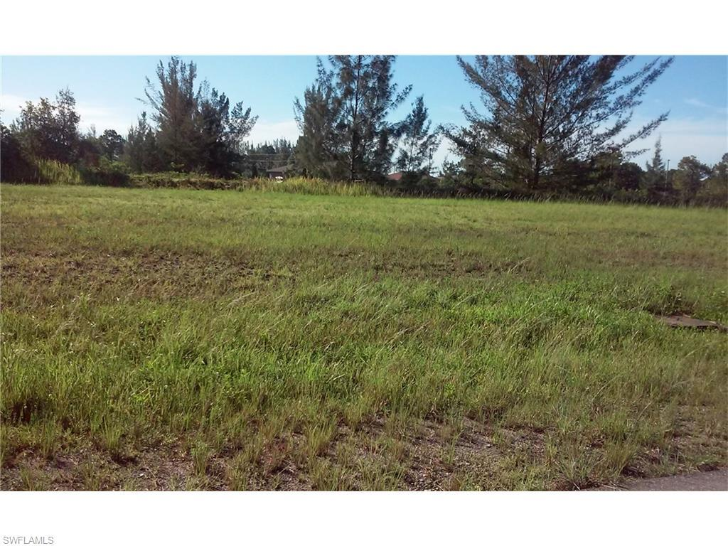 3701 NE 12th Pl, Cape Coral, FL 33909 (#216046031) :: Homes and Land Brokers, Inc