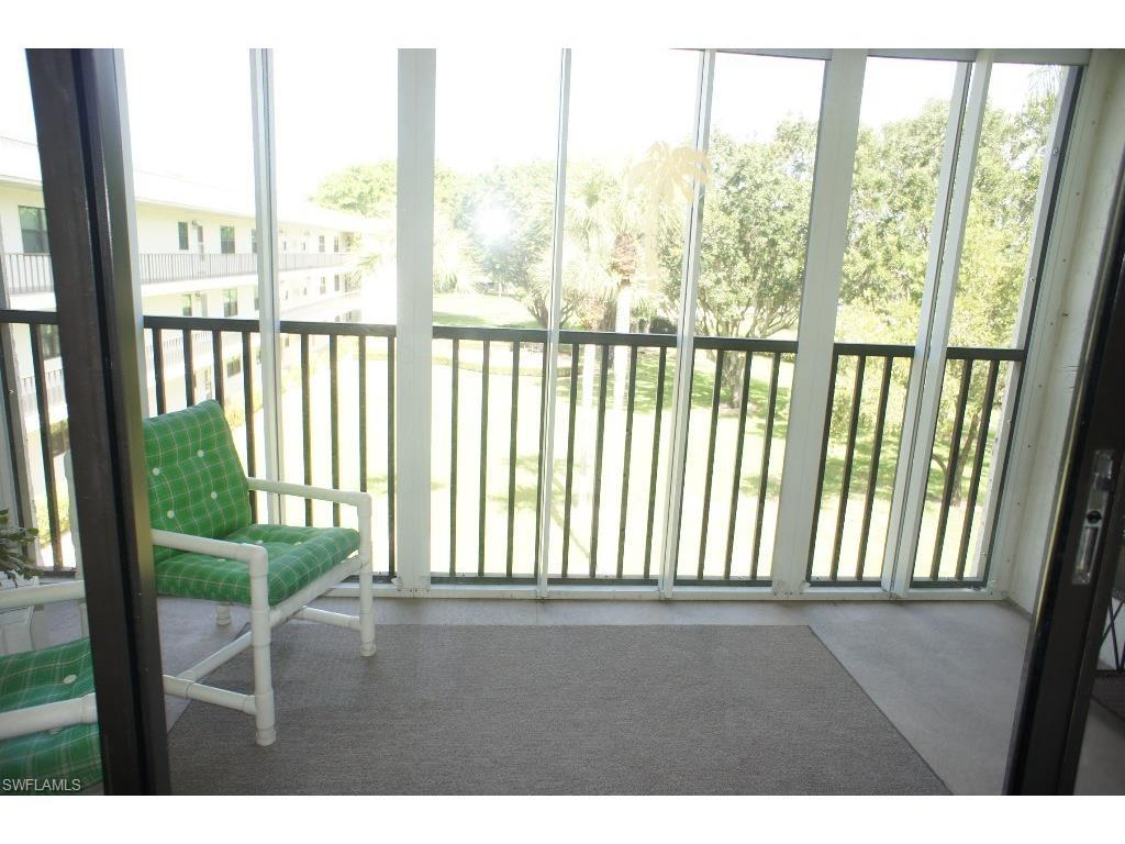 1747 Pebble Beach Dr #307, Fort Myers, FL 33907 (MLS #216046210) :: The New Home Spot, Inc.